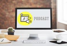 Concept social de media de dispositif de Digital de Podcast Photos libres de droits