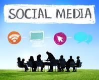 Concept social de réseau de technologie des communications de connexion de media Images libres de droits