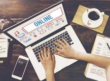 Concept social de technologie d'Internet de mise en réseau de connexion en ligne Images libres de droits