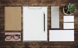Concept stationnaire d'organisation d'écritures de document Photographie stock
