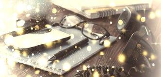 Concept : Vacances de Noël Lieu de travail dans le bureau disposition Photo libre de droits
