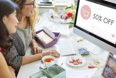 Concept van de de Homepageverkoop van de elektronische handelwinkel het Online stock foto's