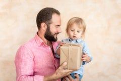 Concept van de vaderdag het Internationale Vakantie stock foto's