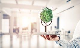 Concept van het Eco het groene die milieu door boom als het werk mecha wordt voorgesteld Stock Afbeelding