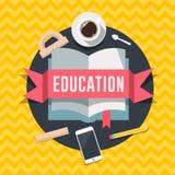 Concept van het onderwijs het vlakke ontwerp voor Web en de mobiele diensten en apps Stock Fotografie