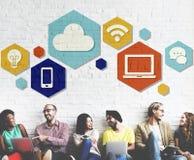 Concept van Internet van de wolkentechnologie het Online Grafische Royalty-vrije Stock Afbeeldingen
