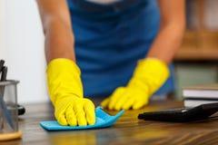 Concept voor de huis schoonmakende diensten Stock Fotografie
