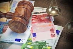 Concept voor Wet, Corruptie, Faillissement, Borgtocht, Steekpenning, Misdaad of F stock foto