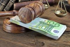 Concept voor Wet, Corruptie, Faillissement, Borgtocht, Steekpenning, Misdaad of F stock fotografie