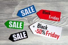 Concepten zwarte vrijdag op houten hoogste mening als achtergrond Royalty-vrije Stock Afbeelding