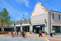 Concepteur Outlet de McArthurGlen Photos stock