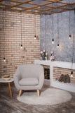 Conception contemporaine de salon Style de grenier Image stock