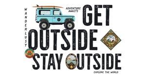 Conception d'insigne de voyage Logo extérieur d'aventure avec la citation de camping - obtenez en dehors de l'extérieur de séjour illustration stock