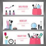 Conception de bannière de beauté Accessoires cosmétiques pour le maquillage Photo libre de droits