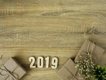 Conception de frontière de boîte-cadeau de la nouvelle année 2019 image stock