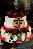 CONCEPTION DE LA LA GLACE_CAKE DE CONDITORI POUR LA COURONNE PINCE Images libres de droits