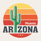 Conception de T-shirt de l'Arizona, copie, typographie, label avec le saguaro Photo libre de droits