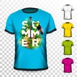 Conception de T-shirt de vacances d'été avec les feuilles tropicales, la fleur, la guitare acoustique et l'oiseau de toucan sur l Photographie stock libre de droits