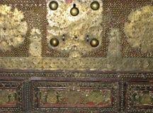 Conception extérieure ouvrée par métal antique Photographie stock