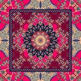 Conception florale détaillée de châle Mandala de fleur et cadre ornemental Photographie stock