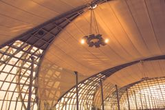 Conception intérieure d'architecture abstraite du bâtiment moderne photographie stock libre de droits
