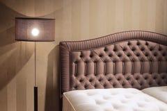 Conception intérieure de belle et moderne chambre à coucher. Image stock