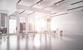 Conception intérieure de bureau dans la couleur de whire et rayons de lumière de victoire Image libre de droits