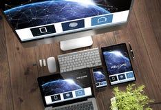 conception sensible de dispositifs de page en ligne de bureau en bois d'atterrissage images libres de droits