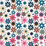 Conception simple de modèle mignon sans couture floral Le primitif fleurit l'ornement sans couture Fond lumineux de beige de l'OM Photos libres de droits