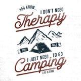 Conception tirée par la main de T-shirt de camping de vintage Envie de voyager, graphiques thématiques de pièce en t Affiche de t illustration stock
