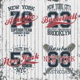Conceptions graphiques de T-shirt sportif de vintage L'ensemble de copie emboutit, sportif, base-ball, basket-ball illustration de vecteur