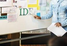 Concepto académico de la juventud del estudio de la biblioteca de sala de clase de la idea Imagen de archivo libre de regalías