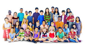 Concepto alegre del grupo multiétnico de Happines de los niños de los niños Imagen de archivo
