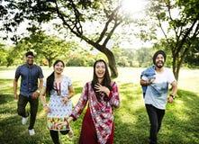 Concepto alegre del parque de los amigos indios Imágenes de archivo libres de regalías