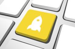 Concepto amarillo de Rocket Computer Icon Keyboard Button Foto de archivo