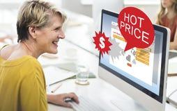 Concepto caliente de la promoción del precio de la liquidación del descuento fotos de archivo libres de regalías