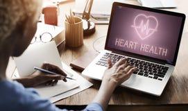 Concepto cardiaco del gráfico del corazón de la enfermedad cardiovascular imagen de archivo