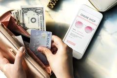 Concepto comercial en línea del gasto de consumidor que hace compras fotografía de archivo libre de regalías