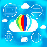 Concepto computacional de la nube con el globo del aire caliente Fotos de archivo