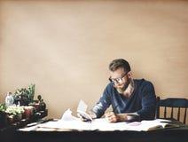 Concepto corporativo de Studio Leisure Contemplation del hombre de negocios imagen de archivo
