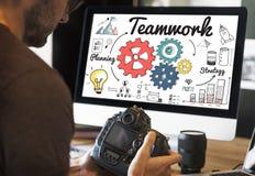 Concepto creativo de la información de la coordinación del trabajo en equipo fotos de archivo