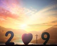 concepto 2019: Cruz de Cristo Jesús fotografía de archivo libre de regalías