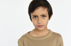 Concepto curioso de la preocupación adolescente del muchacho Fotos de archivo