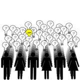 Concepto de éxito con mucha gente que tiene una idea Imagen de archivo