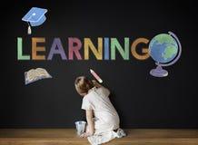 Concepto de aprendizaje académico del gráfico de los niños de la escuela imágenes de archivo libres de regalías