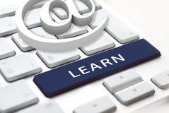 Concepto de aprendizaje en línea imagen de archivo libre de regalías