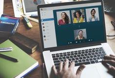 Concepto de charla de la comunicación de Facetime de la llamada video fotos de archivo