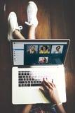 Concepto de charla de la comunicación de Facetime de la llamada video fotografía de archivo