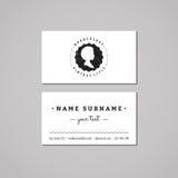 Concepto de diseño de la tarjeta de visita de la barbería Logotipo-insignia de la barbería con perfil afroamericano de la mujer E Fotos de archivo libres de regalías
