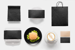 Concepto de diseño del isolat determinado del tiempo del descanso para tomar café de la hamburguesa y de la maqueta Fotos de archivo libres de regalías